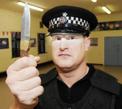 SO DEADLY PC Noctor with a knife police have confiscated