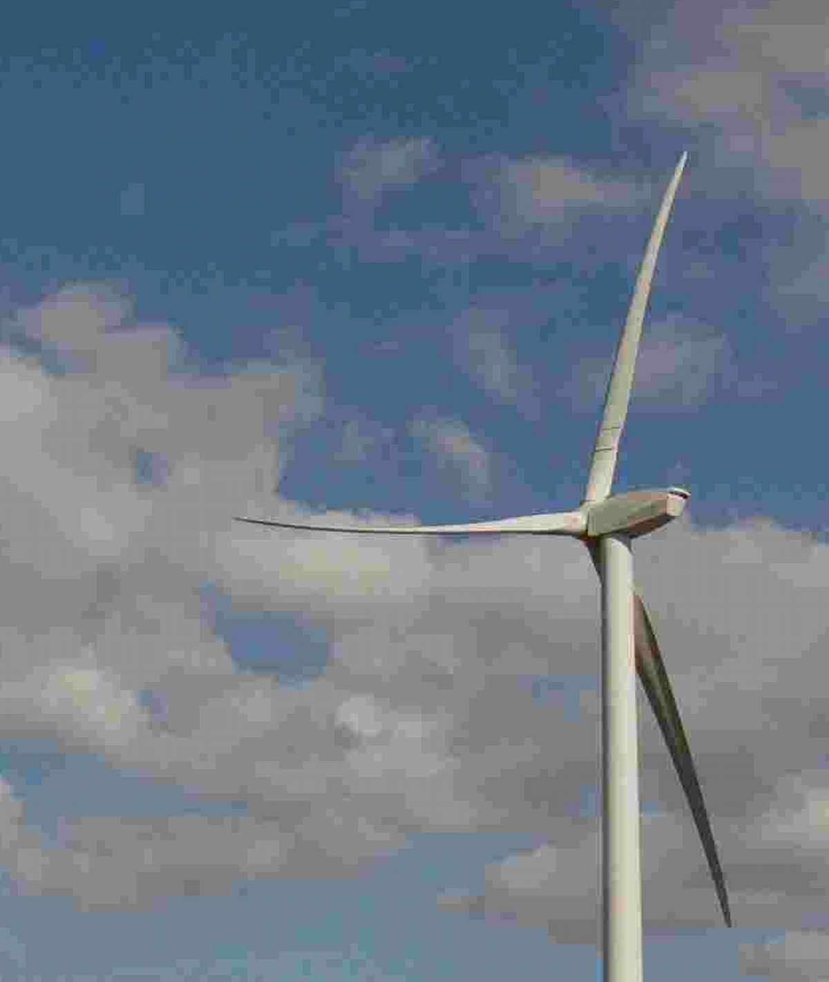 Protests over bid for four Todmorden wind turbines