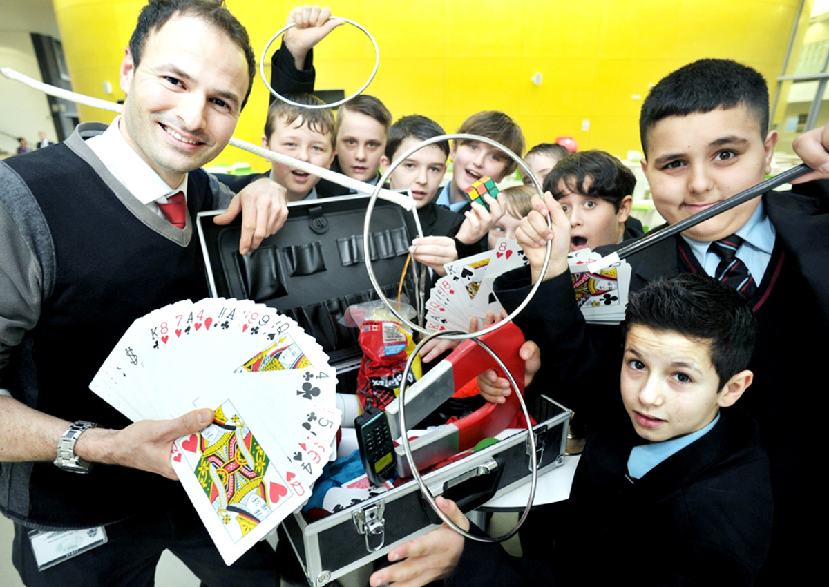 VIDEO: Magic lessons at Darwen school during lunch break