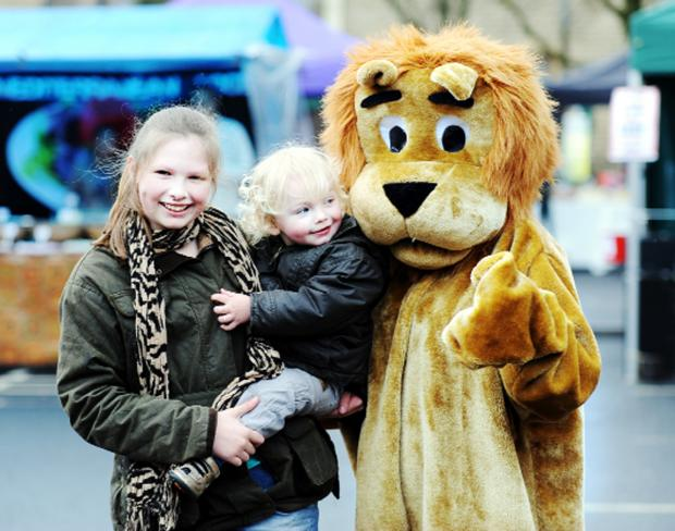Accrington Lions mascot visits Great Harwood Farmers' Market