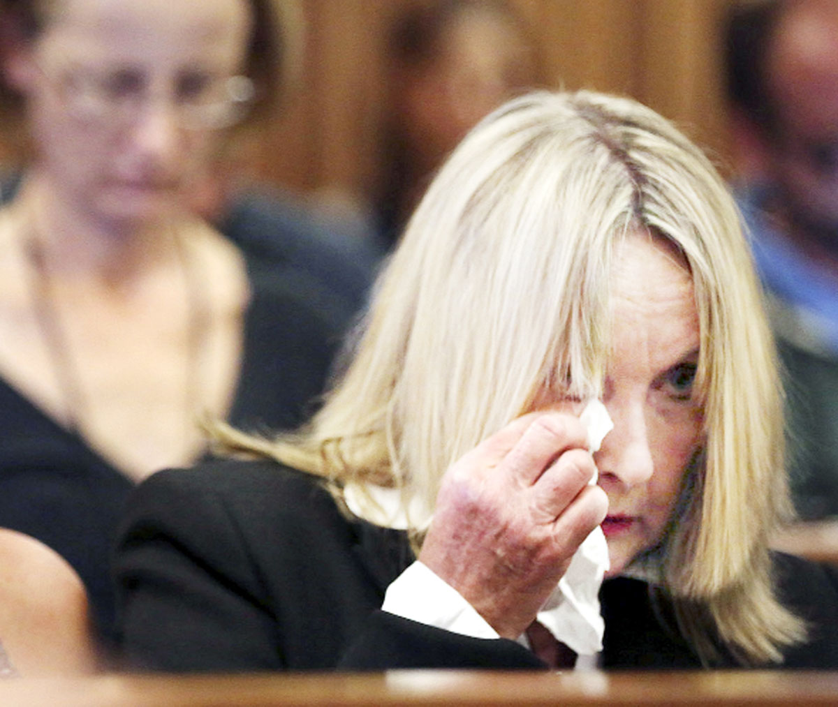 Reeva Steenkamp's East Lancs mother 'obsessed with staring at Pistorius'