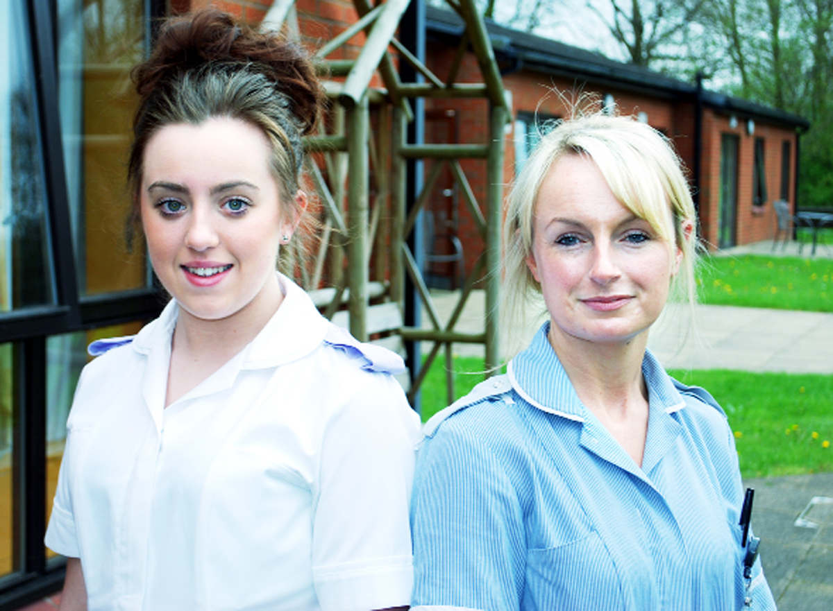 Alice Hegarty (left), on a midwifery placement, and midwife Tara Hobson, at Blackburn Birthing Centre
