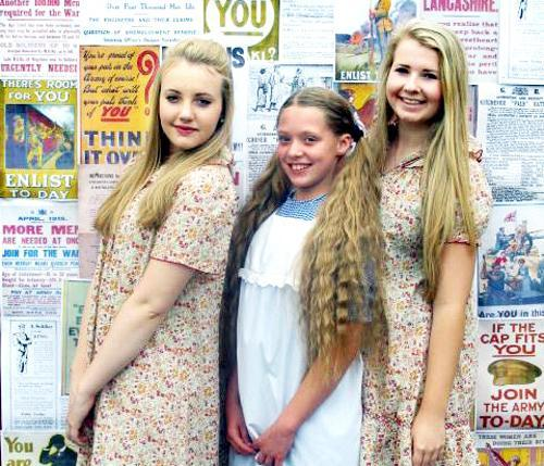 Blackburn Citizen: Chloe Fitzpatrick, Trinity Woodman and Sophie Guest, who are taking part in the project