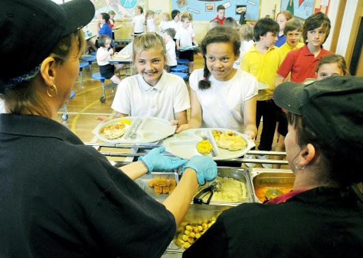 Modern school menus provide plenty of healthy choices for children